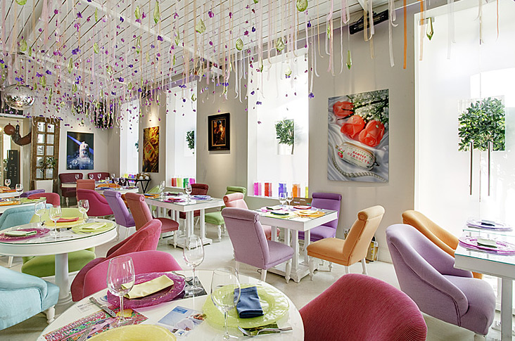 Reasons to get your Restaurant designed by Interior Designers!